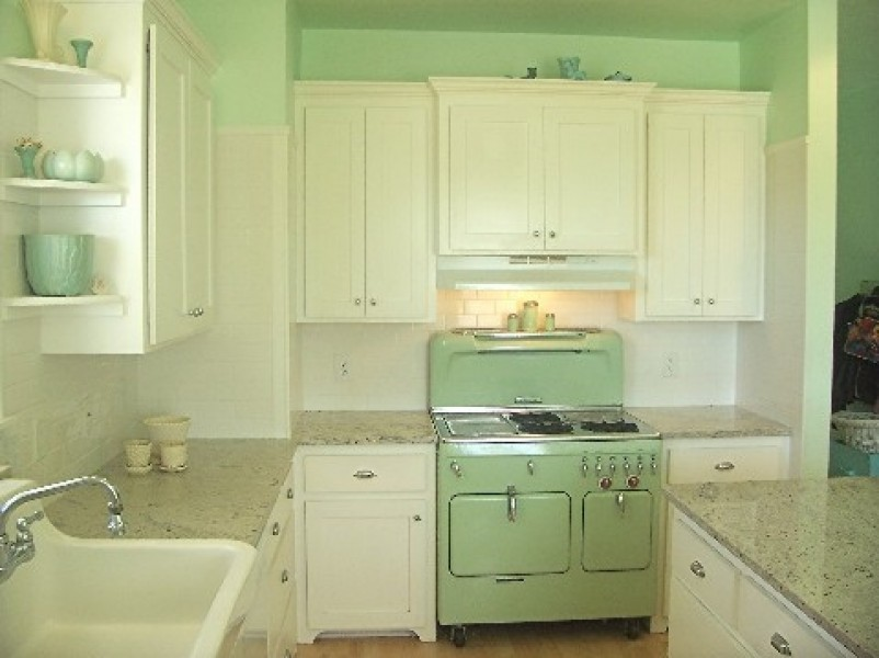 Green Kitchen Colors retro green kitchen   winda 7 furniture